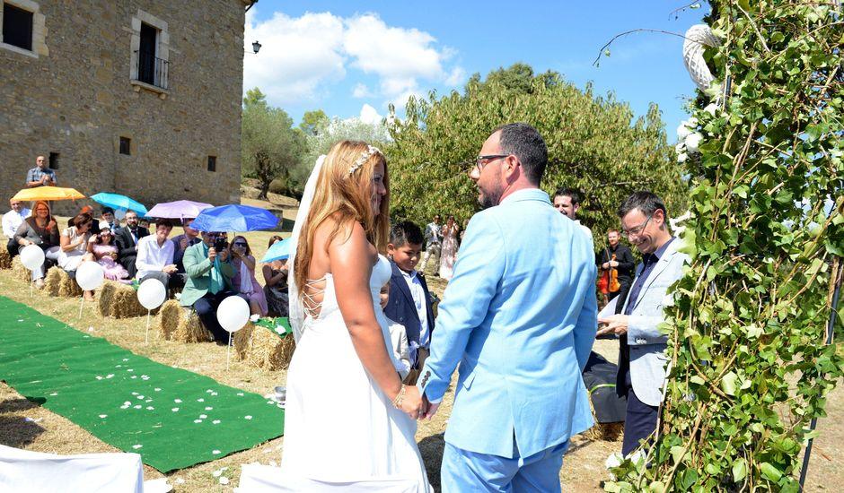 La boda de Iván  y Stella  en Camos, Girona