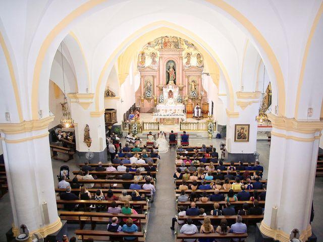 La boda de Victor y Ángela en Talarrubias, Badajoz 13