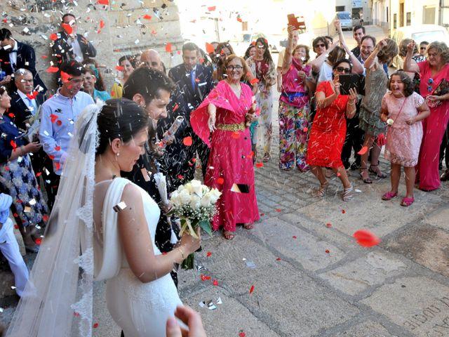 La boda de David y Elizabeth en Logrosan, Cáceres 8