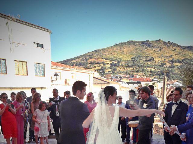 La boda de David y Elizabeth en Logrosan, Cáceres 10