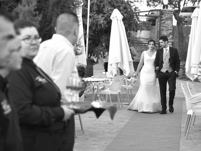 La boda de David y Elizabeth en Logrosan, Cáceres 23