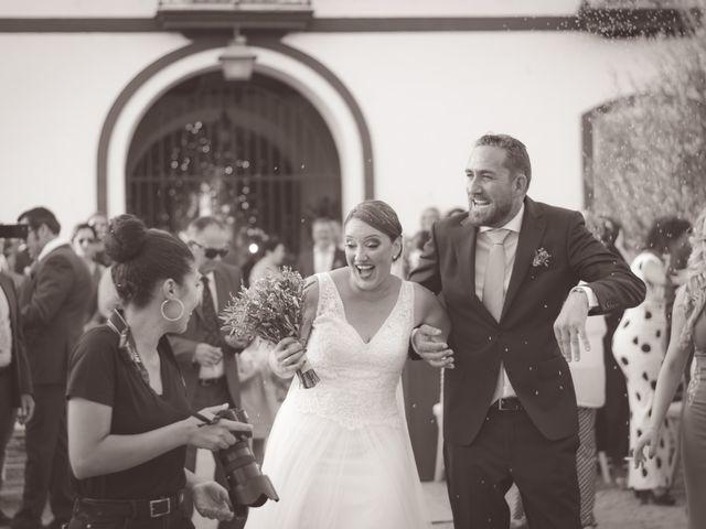 La boda de Juan y Noelia en Palomares Del Rio, Sevilla 8