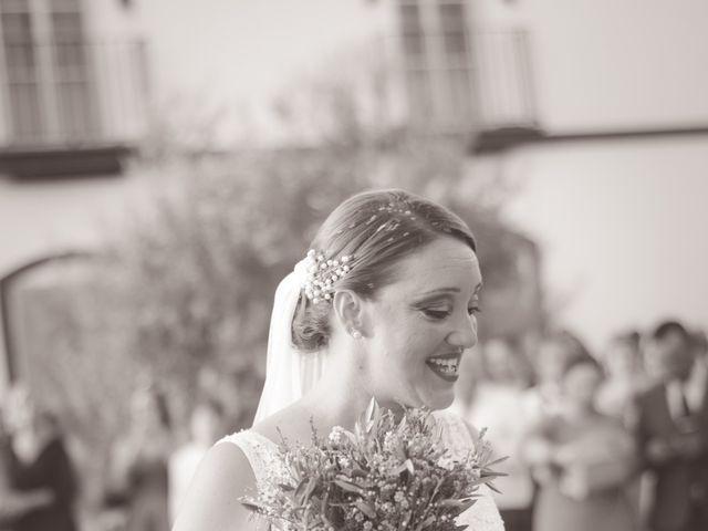 La boda de Juan y Noelia en Palomares Del Rio, Sevilla 9