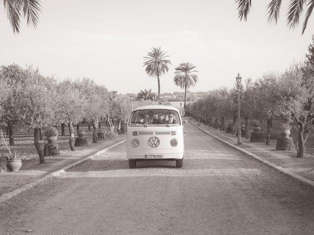 La boda de Juan y Noelia en Palomares Del Rio, Sevilla 11