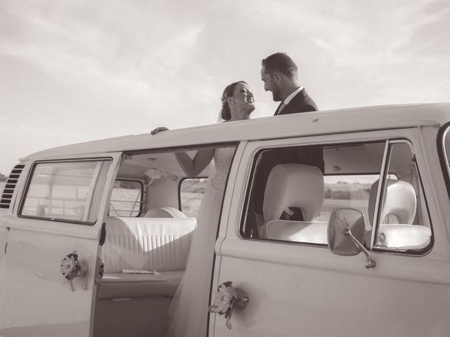 La boda de Juan y Noelia en Palomares Del Rio, Sevilla 13