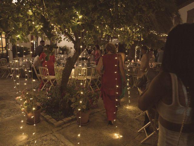 La boda de Juan y Noelia en Palomares Del Rio, Sevilla 38