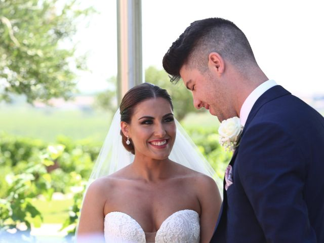 La boda de Tom y Lara en Paganos, Álava 17