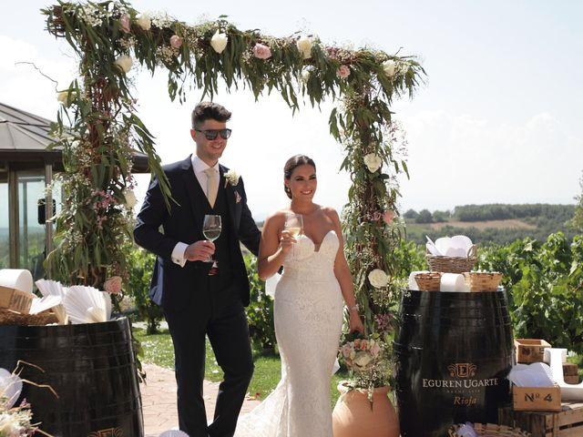 La boda de Tom y Lara en Paganos, Álava 22
