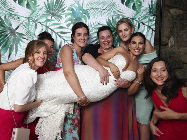 La boda de Tom y Lara en Paganos, Álava 31