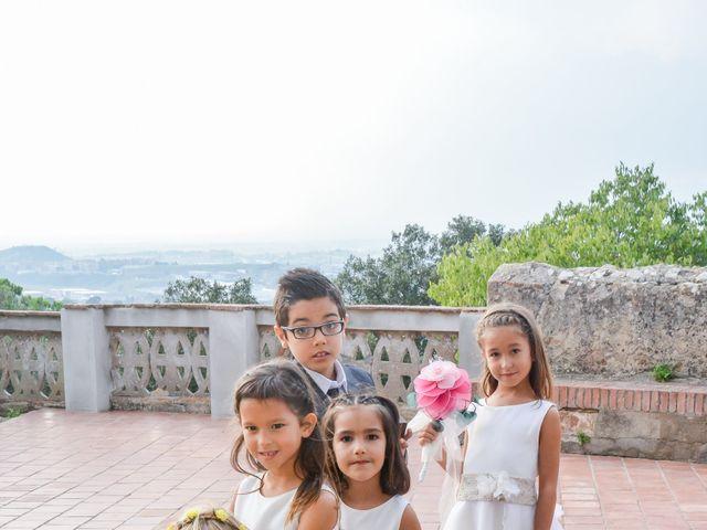 La boda de Jordi y Maria en Vilanova Del Valles, Barcelona 14
