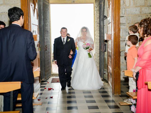 La boda de Jordi y Maria en Vilanova Del Valles, Barcelona 15