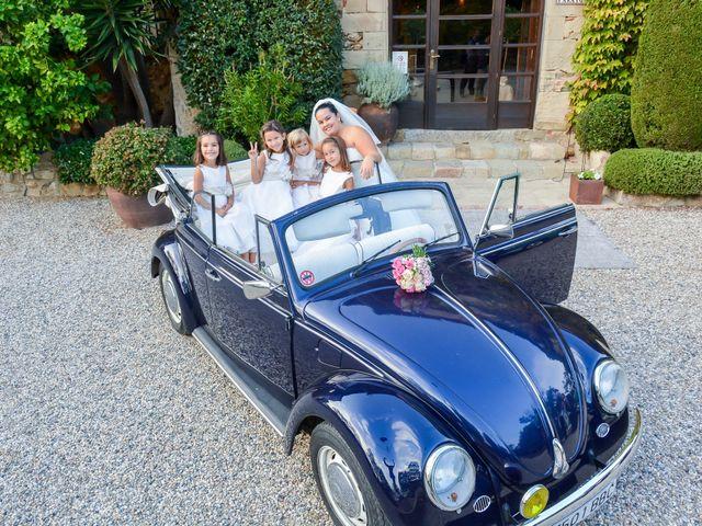La boda de Jordi y Maria en Vilanova Del Valles, Barcelona 21