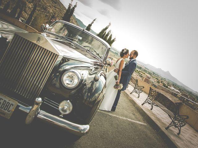 La boda de Antonio y Sara en Villena, Alicante 34
