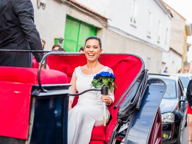 La boda de Enrique y Carmen en Daimiel, Ciudad Real 27