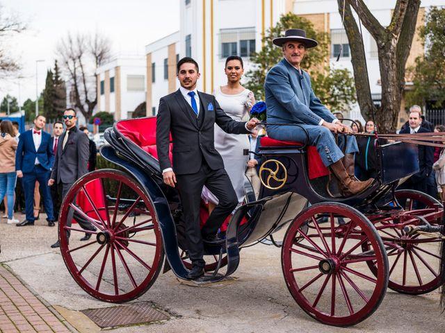 La boda de Enrique y Carmen en Daimiel, Ciudad Real 30