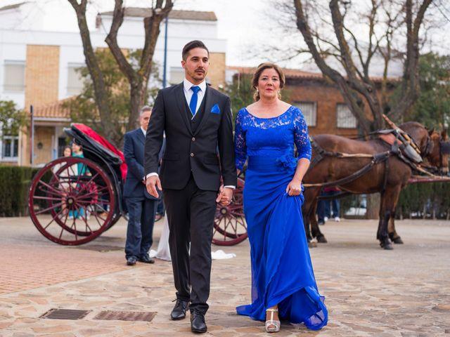 La boda de Enrique y Carmen en Daimiel, Ciudad Real 31