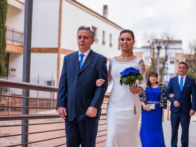 La boda de Enrique y Carmen en Daimiel, Ciudad Real 32