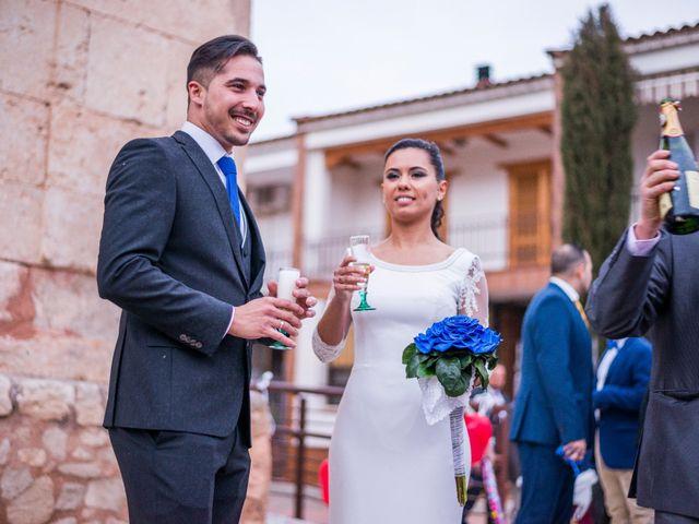 La boda de Enrique y Carmen en Daimiel, Ciudad Real 57