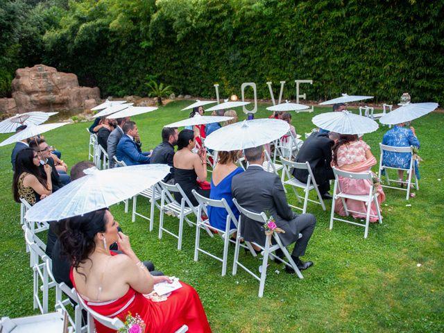 La boda de Frank y Evelyn en Sant Fost De Campsentelles, Barcelona 26
