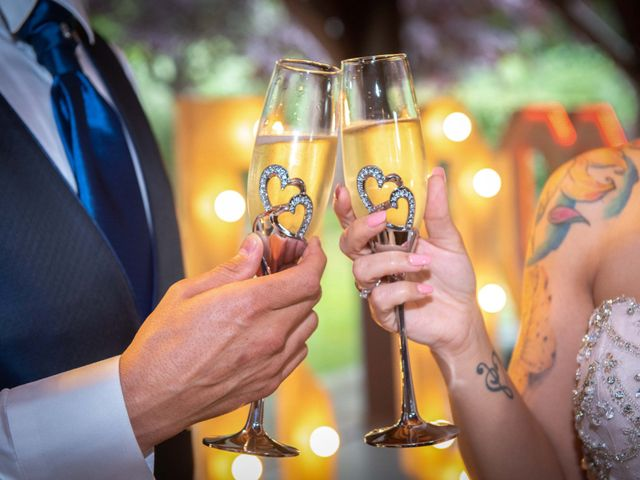 La boda de Frank y Evelyn en Sant Fost De Campsentelles, Barcelona 40
