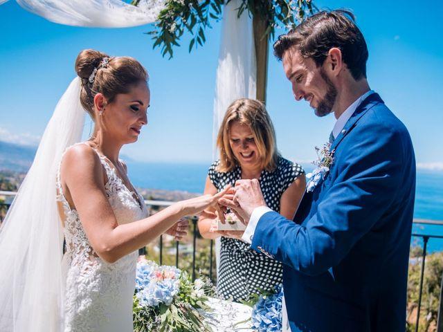 La boda de Beatriz y Daniel en La Victoria De Acentejo, Santa Cruz de Tenerife 9