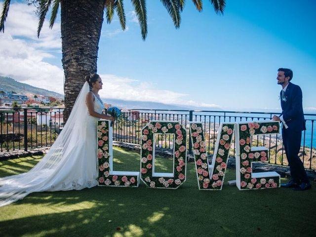 La boda de Beatriz y Daniel en La Victoria De Acentejo, Santa Cruz de Tenerife 12