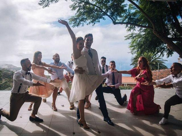 La boda de Beatriz y Daniel en La Victoria De Acentejo, Santa Cruz de Tenerife 16