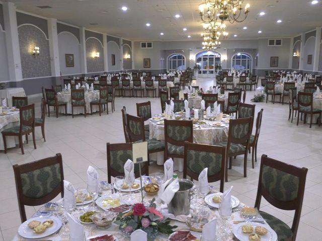 La boda de Maria de los Angeles y Manuel en Almonte, Huelva 33