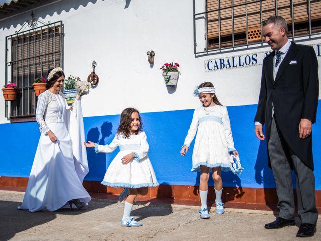 La boda de Angel y Soraya en Ballesteros De Calatrava, Ciudad Real 11
