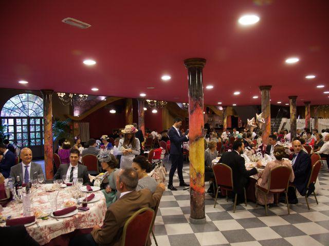 La boda de Javier y Cinta en Valverde Del Camino, Huelva 43
