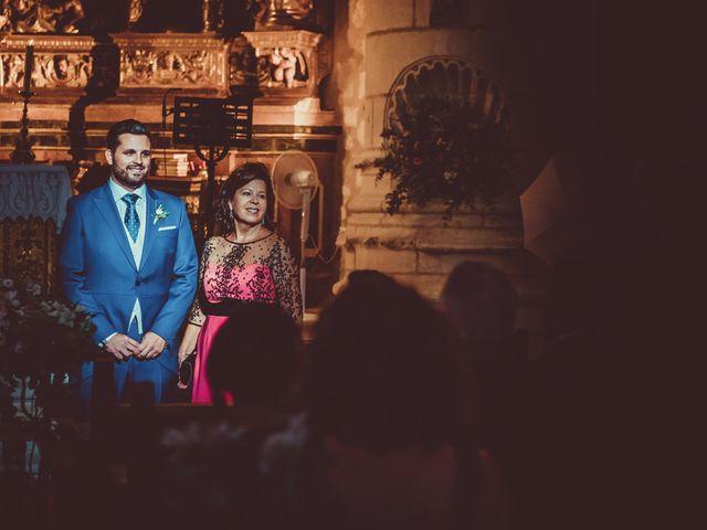 La boda de Juan Pablo y Cristina en Pantano De Alarcon, Cuenca 16