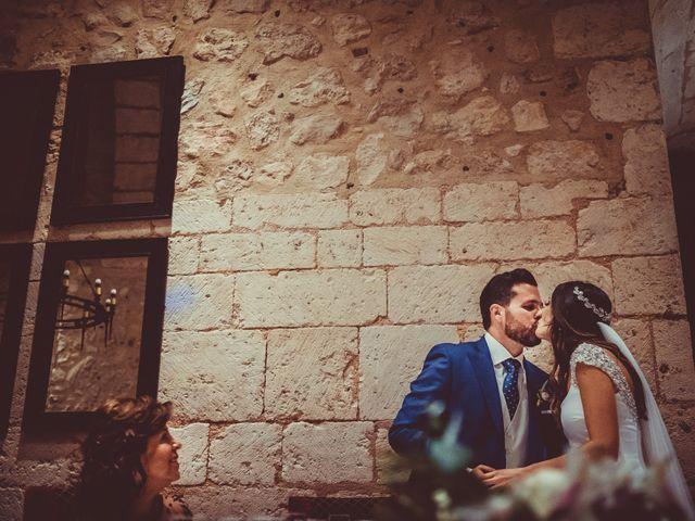 La boda de Juan Pablo y Cristina en Pantano De Alarcon, Cuenca 32