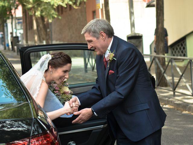 La boda de Carlos y Mari Carmen en Madrid, Madrid 38