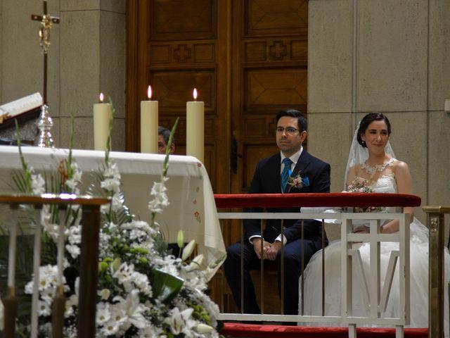 La boda de Carlos y Mari Carmen en Madrid, Madrid 56