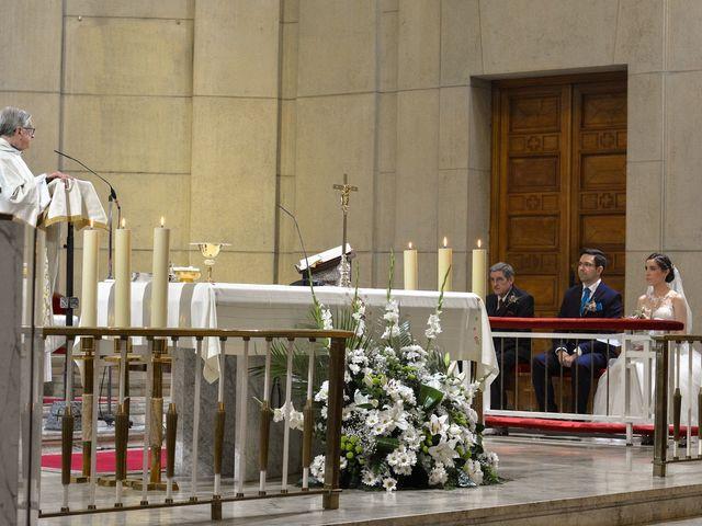 La boda de Carlos y Mari Carmen en Madrid, Madrid 61