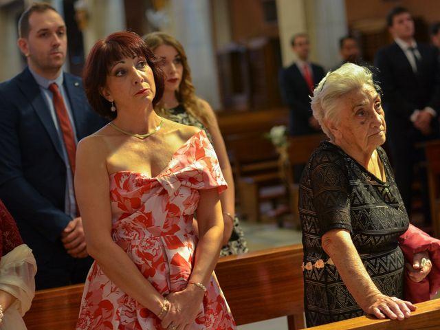 La boda de Carlos y Mari Carmen en Madrid, Madrid 91