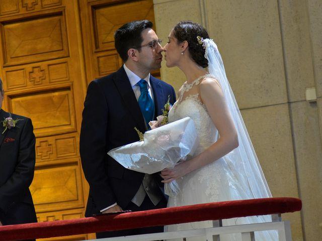 La boda de Carlos y Mari Carmen en Madrid, Madrid 97