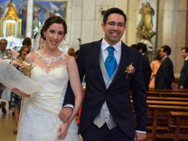La boda de Carlos y Mari Carmen en Madrid, Madrid 111