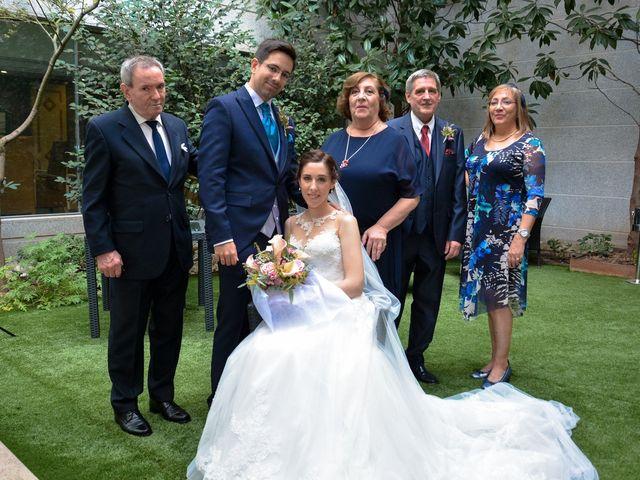La boda de Carlos y Mari Carmen en Madrid, Madrid 150