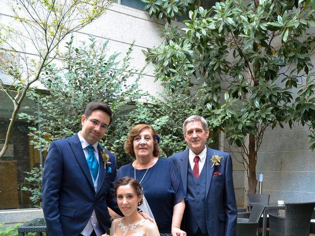 La boda de Carlos y Mari Carmen en Madrid, Madrid 152