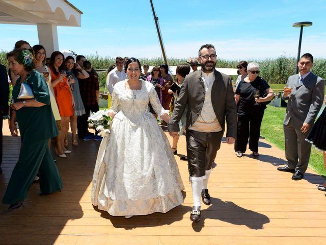 La boda de Bati  y Ampi en Alfafar, Valencia 3