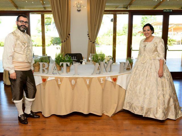 La boda de Bati  y Ampi en Alfafar, Valencia 4