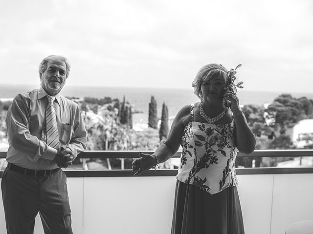La boda de Roberto y Carol en L' Ametlla De Mar, Tarragona 7