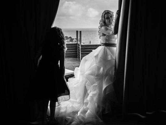 La boda de Roberto y Carol en L' Ametlla De Mar, Tarragona 27