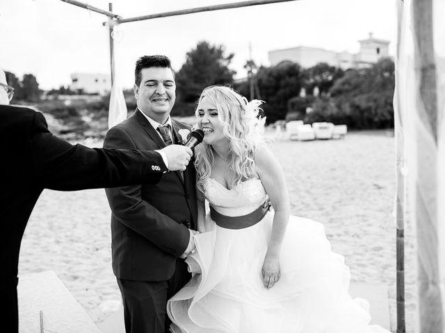 La boda de Roberto y Carol en L' Ametlla De Mar, Tarragona 64