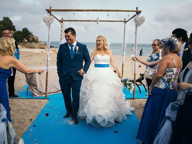 La boda de Roberto y Carol en L' Ametlla De Mar, Tarragona 66