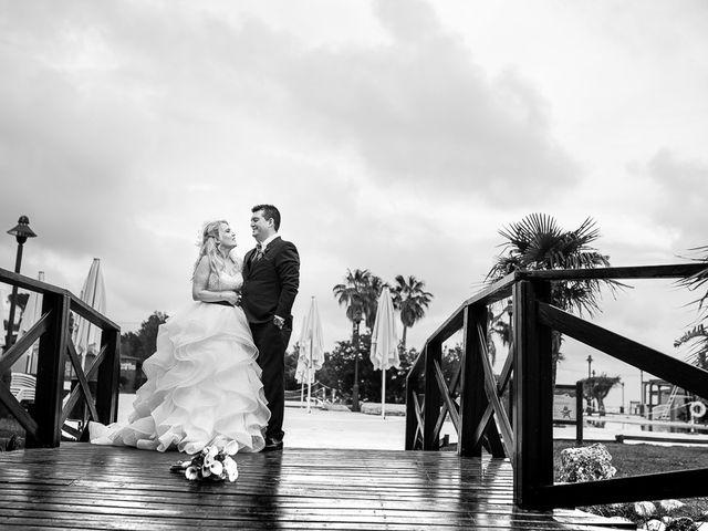 La boda de Roberto y Carol en L' Ametlla De Mar, Tarragona 76