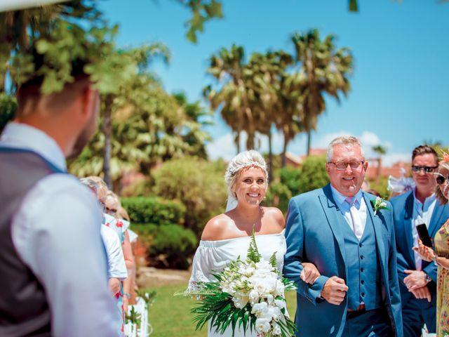 La boda de Kye y Beth en Marbella, Málaga 11