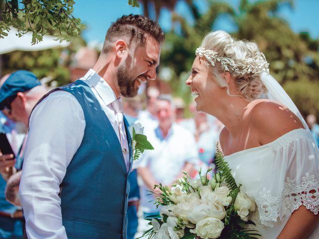 La boda de Kye y Beth en Marbella, Málaga 12
