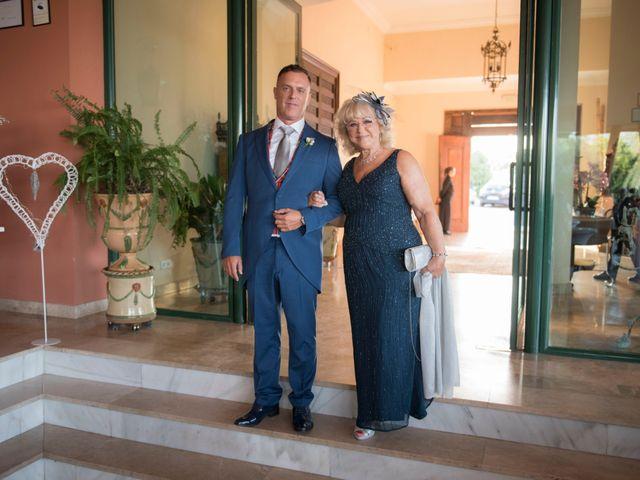 La boda de Jorge y Merche en Alhaurin De La Torre, Málaga 36